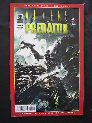 ALIENS vs PREDATOR : CLASSIC FIRST ISSUE 1987 REPRINT. STRADLEY, NORWOOD.DH.2010