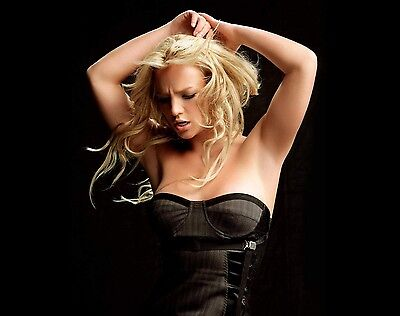 Britney Spears Unsigned 8x10 Photo (68)