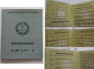 DDR 1989 NVA / Grenztruppen Armee Ausweis , East german army ID book / document