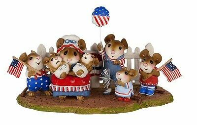 Wee Forest Folk M-189b The Cheering Section! - USA Factory Special