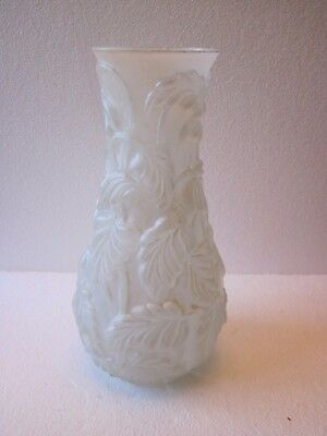 Vintage Antique Phoenix Consolidated Frosted Art Glass Embossed Vase Tropical