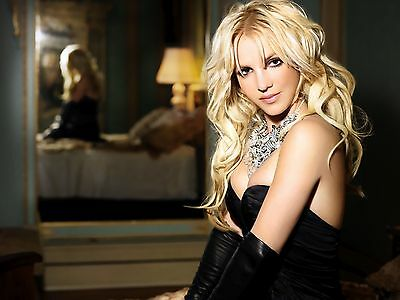 Britney Spears Unsigned 8x10 Photo (117)