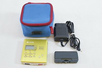 Sony MD Walkman MiniDisc Player/Recorder MZ-R55 with Battery Pack & Bag - Gold