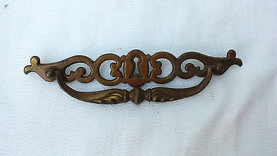 Vintage Pressed Brass Drawer Pull with Keyhole Design BPC184
