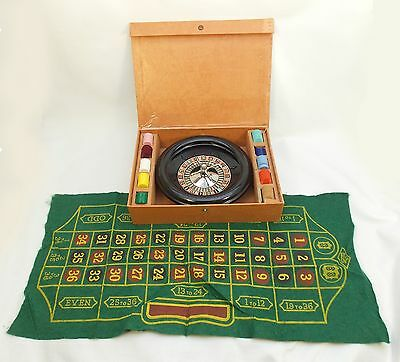 Vintage Antique ROULETTE Set Game E.S. LOWE Bakelite, With Case*, Chips & Pad
