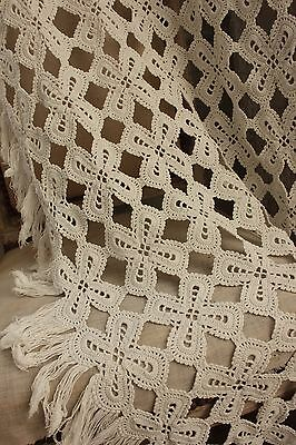 Vintage handmade hand made Crochet coverlet bed cover lace 75X86  old