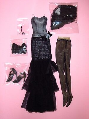 """Tonner Wilde - Midnight Lace & Roses 18"""" Evangeline Ghastly Doll OUTFIT - New"""
