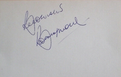 Bobby Moore signed page England 1966 World Cup 1970 West Ham autograph book