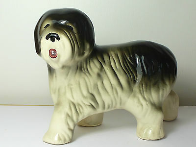 Vintage Large Old English Sheep Dog Figurine Looking To The Left