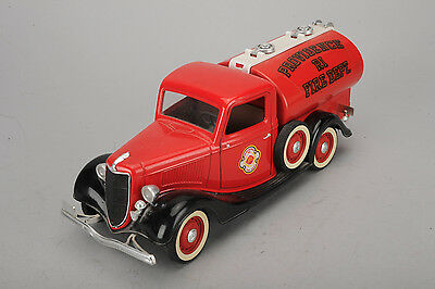 Solido Ford V8 Citerne 1936 Providence Ri Fire Dept. 1:19 made in France