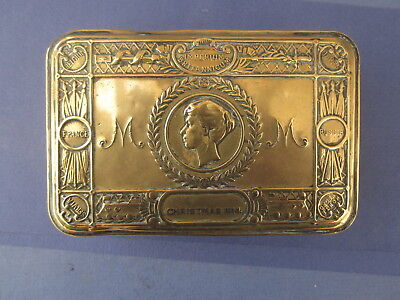 Antique. WW1 Queen Mary Christmas tin 1914 with memorabilia