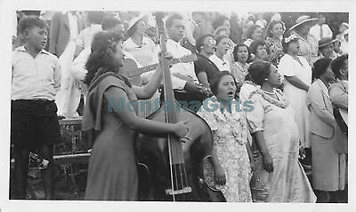 1940  locals singing band playing, Honolulu May Day Hawaii Photo