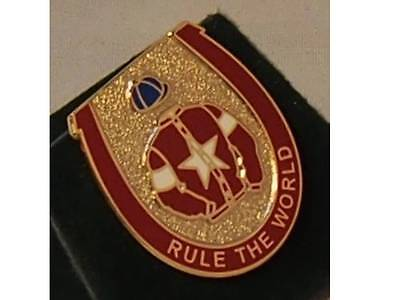 Rule The World enamel badge - in his racing colours