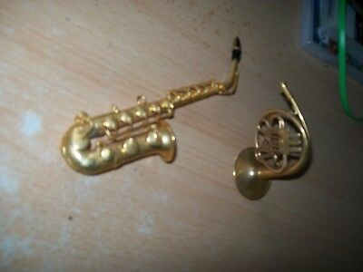 brass saxophone and french horn both miniatures stunning quality free uk postage