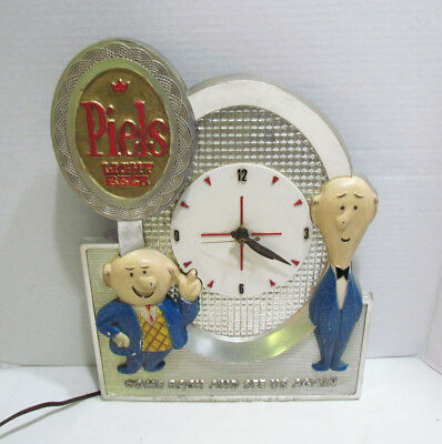 Bert & Harry Piels Light Beer Wall Clock 1959 Vintage Bar Sign Display Works