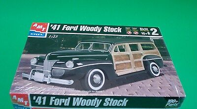Ford 1941 Woody Wagon Stock Version 1:25 AMT/Ertl - HOBBY TIME MODEL SHOP