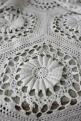 Vintage French hand-made bed cover coverlet off-white cotton 89X87 old