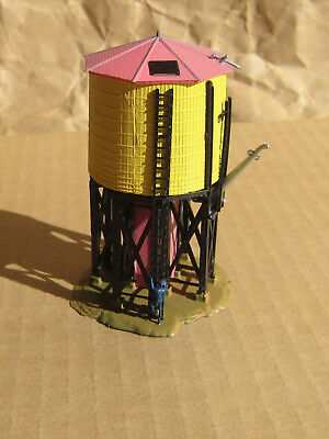 CLASSIC ~ WATER TOWER with FIGURE by Bachmann ~ N Scale Lot ~ Mayhayred Trains