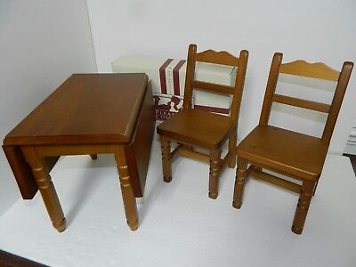 American Girl-Pleasant Co. Molly's Drop Leaf Table and Chairs with box