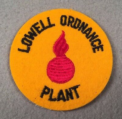 WW2 US Army Lowell Ordnance Plant Felt SSI Patch 428N
