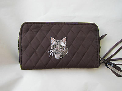 Q wallet TABBY CAT FACE Belvah Quilted Fabric Zip Around Brown Wallet