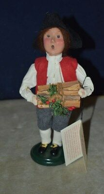 Byers' Choice -Williamsburg - Boy Holding Yule Logs, Holly And Berries - W/tag