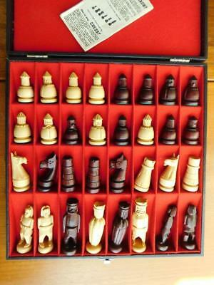 Excellent Vintage Wooden Chess set German or French? C1970s Complete in Case