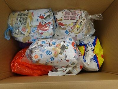 13.5KG+ of USED Kiloware MOSTLY GB STAMPS (Mainly Franked)