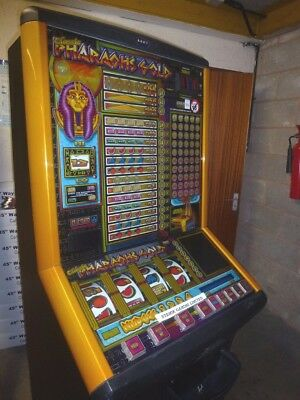 Pharaohs Club Fruit Machine On £250 Jackpot. Accepts New Pound Coin.