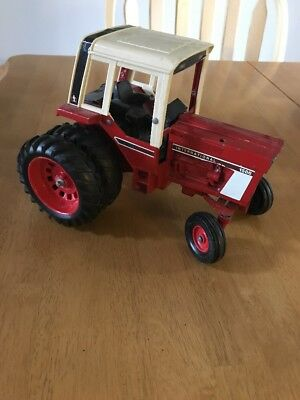 Vtg 70's International Harvester Red 1586 Dual Rear Tires Tractor Toy