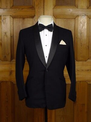 1968 Vintage Savile Row Bespoke Midnight Blue Shawl Dinner Jacket Red Lining 37