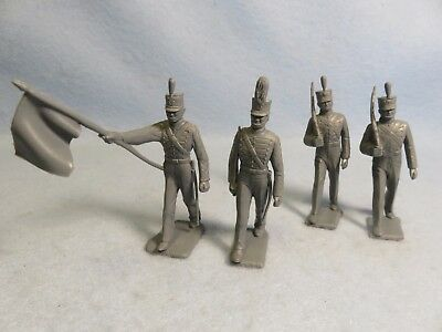Marx 1950's soft plastic 60mm West point Cadets X4 in gray