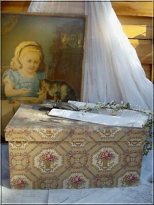 LOVELY Lge ANTIQUE FRENCH FABRIC COVERED BOUDOIR BOX PATTERN FLOWER BASKET 19th