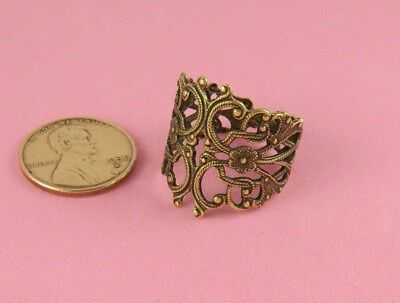 Vintage Design Antique Brass Art Nouveau Floral Filigree Ring - 1 Pc