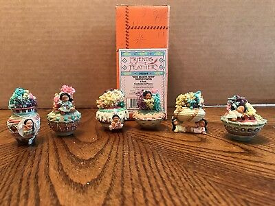 """Enesco Friends Of The Feather """"Mini Baskets With Dried Flowers"""" Set of 6  303364"""