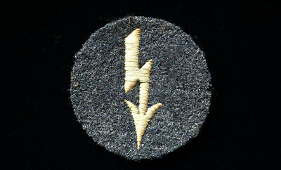 Ww2 Luftwaffe Specialty Badge -Signals For Flight Personnel