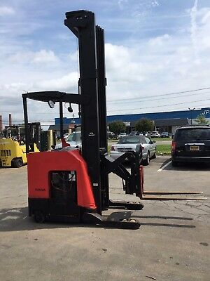 """2008 Raymond Forklift Reach Truck 4000Lb 330"""" Lift With Battery & Charger"""