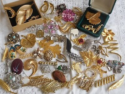 Lovely Huge Job Lot of Vintage 1950s/60s/70s/80s Brooches