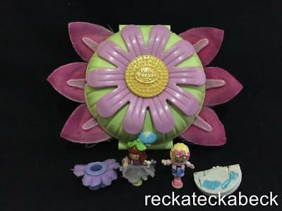 1997 Polly pocket  BOUTIQUE DAISY DRESSMAKER  100% complete RARE