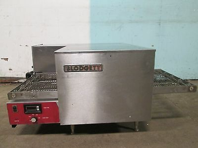 """BLODGETT"" COMMERCIAL H.D. 1Ph ELECTRIC CONVEYOR PIZZA OVEN w/DIGITAL CONTROLS"