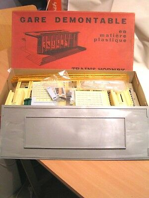 TRAINS HORNBY/MECCANO FRANCE - GARE DEMONTABLE 22  + 22 A  ech/scale O (1/43)