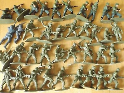 AIRFIX PLASTIC TOY SOLDIERS 1:32 SCALE AUSTRALIAN & BRITISH PARATROOPERS x 38