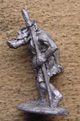 """OOp Citadel 1980s Fantasy Tribes Orcs FTO9 """" Orc c/w Spear Variant """" (B) !"""