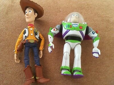 Toy Story talking Buzz and Woody
