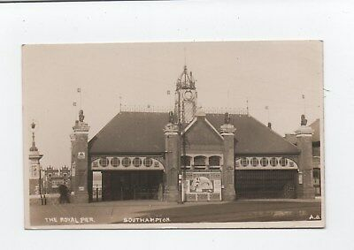 Early photo postcard Royal Pier Southampton 1917