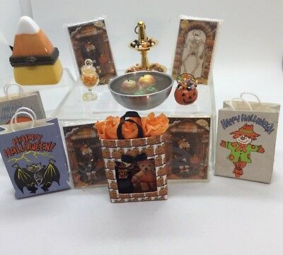 Dollhouse Miniature Hige Lot Of Halloween Some Artisan Pieces