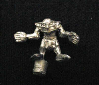 Classic OOP Citadel Blood Bowl - SNOTLING PLAYER with OPEN ARMS - metal 2nd Ed 2