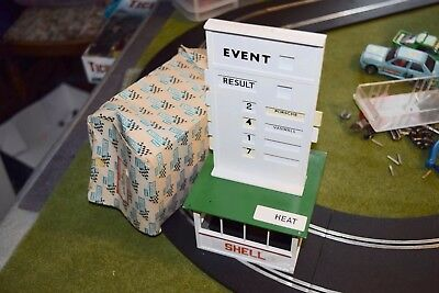 Scalextric A201 Event Board and Hut used 1/32 incomplete  poor box