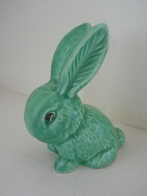Sylvac - small green rabbit - No. 1067