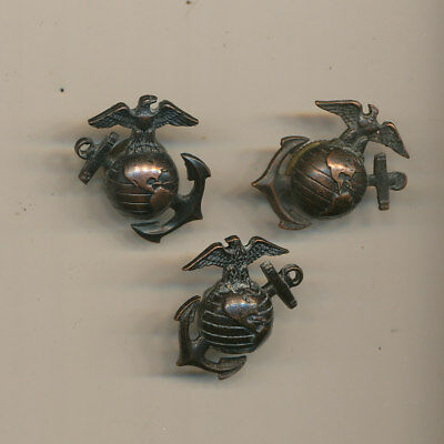US Marine Corps USMC WWII EGA Eagle Glode Anchor left-right pair and spare screw